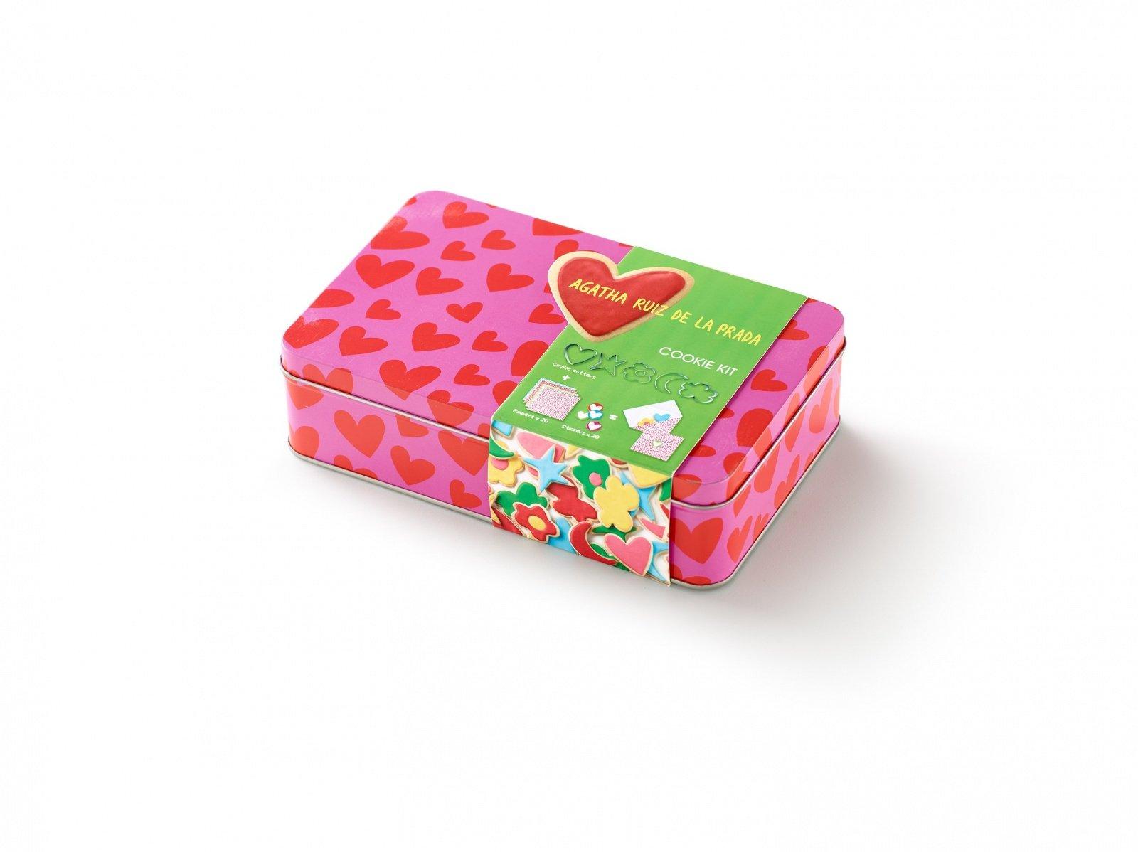 """Набор для печенья """"Сердце"""" AGATHA Lekue (5 формочек-контуров, набор конвертов)"""