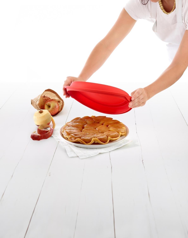 Форма «Тарт Татен» силиконовая с керамическим блюдом 24 см, Lekue (цвет: красный)
